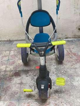 Triciclo Geoby 3en 1 .