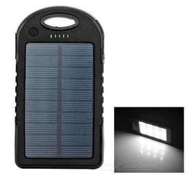 Cargador Portable Power Bank Solar 1200 mAh disponible para entrega inmediata