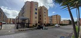 Apartamento en venta, en el conjunto San pedro plaza barrio Mirandela.