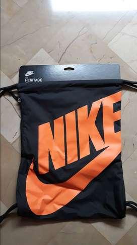 Bolso gimnasio Nike