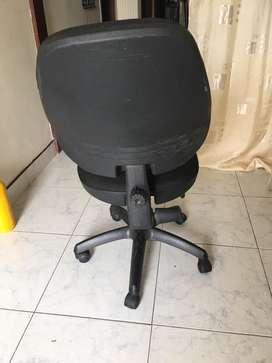Silla pra escritorio giratoria