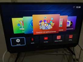 "Vendo Smart Tv de 32"" con barra de sonido"