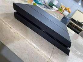 PLAY 4 (500GB)Se entrega con sus respectivos cables. NEGOCIABLE