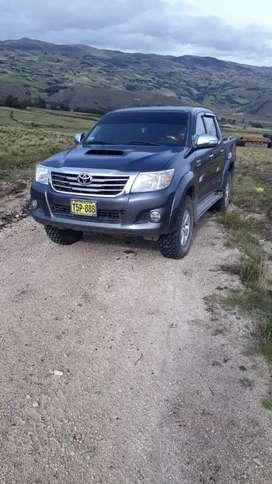 Camioneta Toyota Hilux SRV