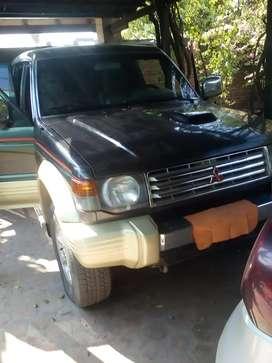 Camioneta Mitsubishi Montero