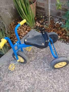 Triciclo caño metalico