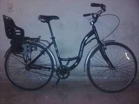 Vendo 3 Bicicletas Urbanas usadas (2 híbridas y 1 media carrera)