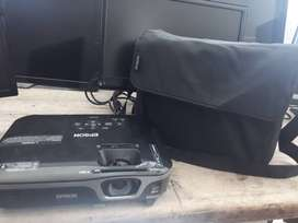 Vendo Video Beam EPSON WXGA  EX7210