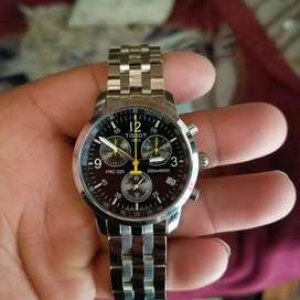 Bendo reloj marca Tissot suizo original cristal de safiro nuebo