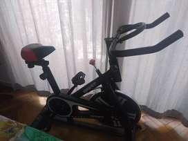 Bicicleta fija spinning profesional