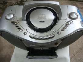 Radio amfm RCA modelo RCD008AR