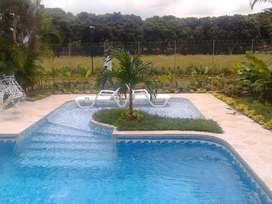 Diseño y Construcción de piscinas y Jacuzzis