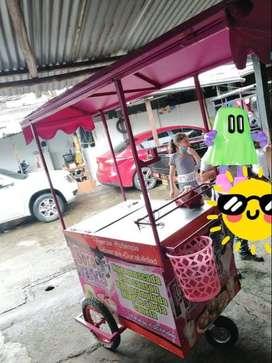 carro para la venta de jugo de borojo.