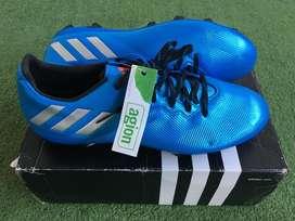 zapatos de futbol ADIDAS, nuevos y originales