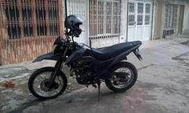 Vendo moto ttr 125 2021 como nueva de concesionario como nueva excelente precio