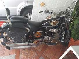 Vendo O Permuto Moto Um 230 Renegade