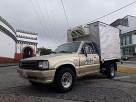 Camioneta mazda b2200 furgón termo