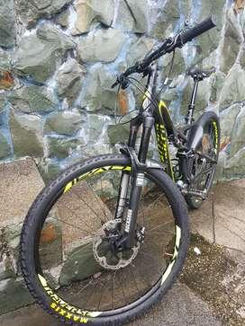 Bicicleta Specialized Stumpjumper 29 M