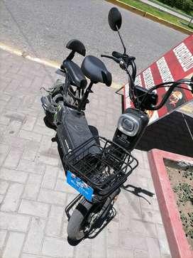 Vendo moto scooter eléctrica