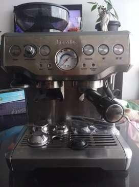 Maquina de café para negocio Breville casi nueva