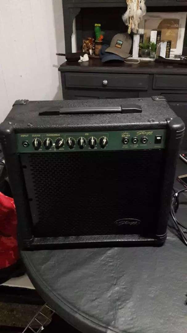 Amplificador stagg de 20wt 0
