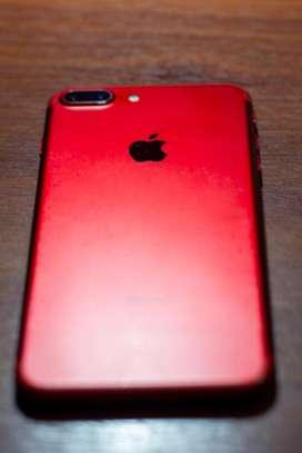iPhone 7 Plus Red de 256 GB, sin huella.