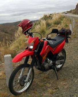 Vendo Yamaha 250 xtz
