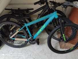 Bicicletas nuevas Gw  rin 29 tallas 17 y 19 con frenos hidráulicos suspensión con bloqueo y 24v