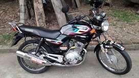 Vendo Moto Yamaha 125 Modelo 2013 Unico Dueño Negociable