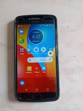 Moto e4 plus en buen estado