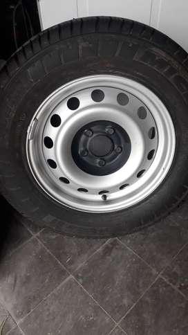 Neumatico Michelin Completa 215/65 R 15