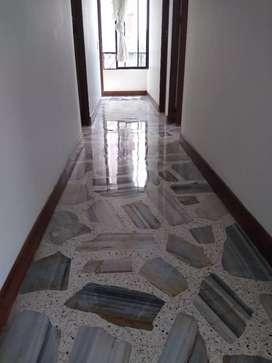 Desmanchado pulido de pisos en marmol