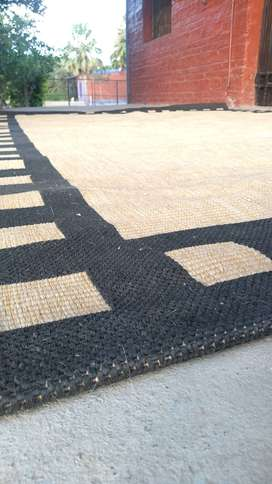 Vendo alfombra en buen estado origen brasil medida 3x2