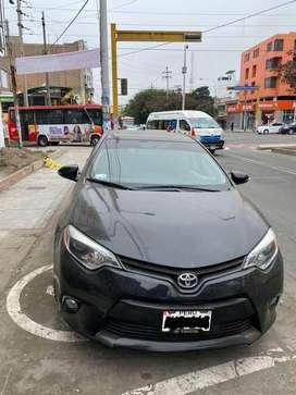 Auto Toyota Corolla