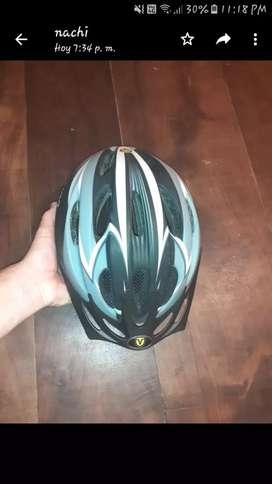 Casco vairo para ciclista