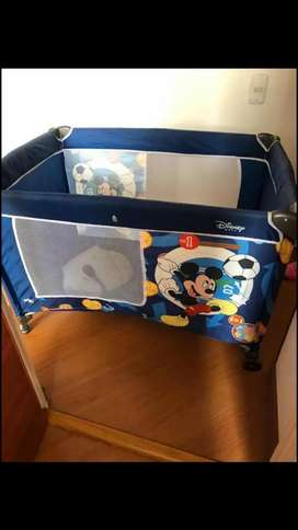 Corral de bebe marca Mickey