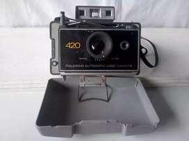 Cámara instantánea polaroid 420