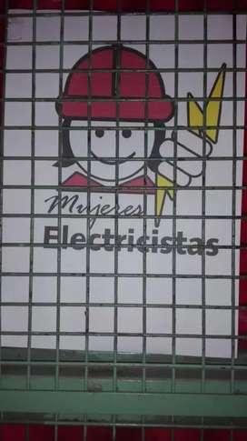 Electricistas María y Emiliano