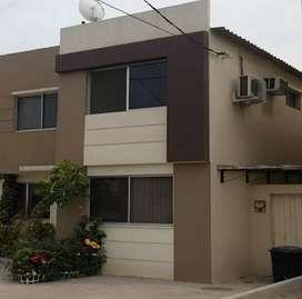 Casa 3 cuartos Guayaquil