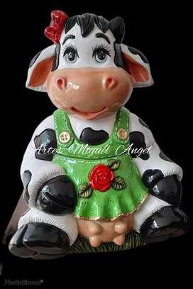 Vaca huevera en ceramica