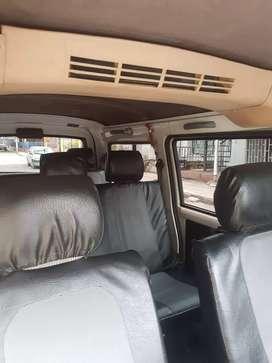 Se vende buseta chevrolet n300 de 7 pasajeros publica
