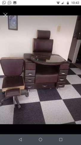 Se venden muebles de peluqueria
