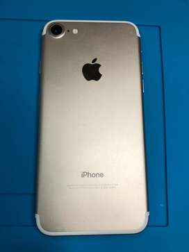 Iphone 7 dorado de 32 gb