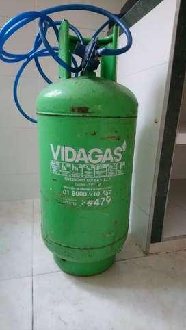 "Se vende tanque de gas ""VIDAGAS"" 30 Lb"
