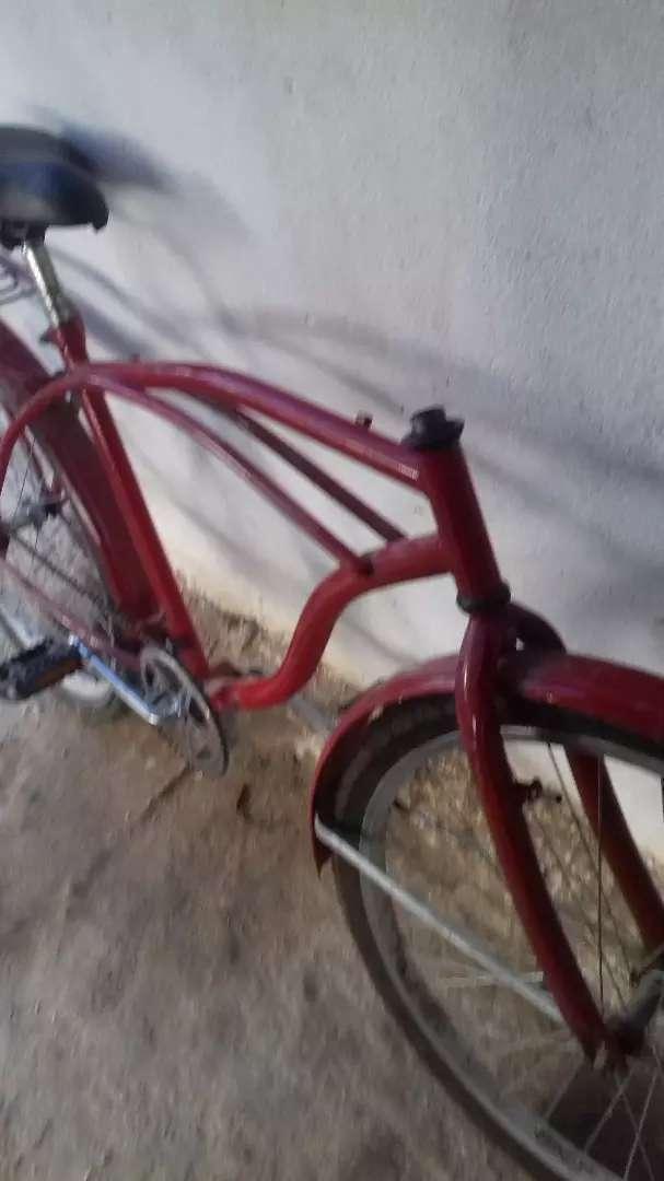 Vende bicicleta solo le falta rl manurio precio negociable 0