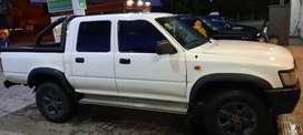 Toyota Hilux 4x4 DX 2003