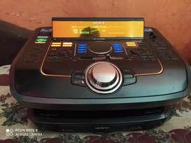 Se vende Equipo de sonido -sony modelo genesis