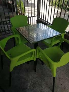 Los ultimos  sillas aguantadoras