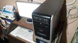 Pc de escritorio completa - Excelente estado y funcionamiento.