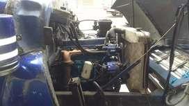 Vendo g.m.c. motor y caja de Nissan 135 bajo freno de aire y freno de ahogo